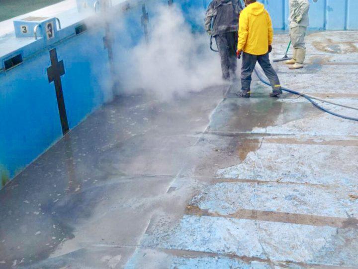 【施工中】秦野市 公共事業 中学校プール塗装工事