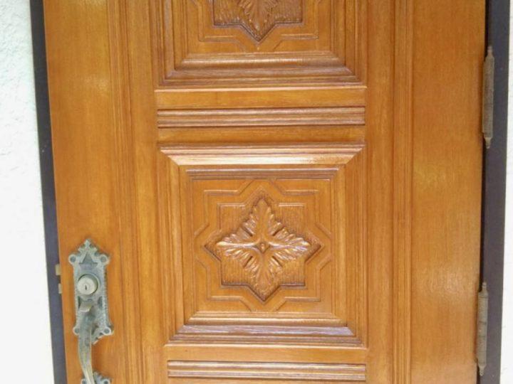 藤沢市 木製ドア塗装工事