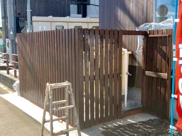 平塚市 コインランドリー 木部塗装工事